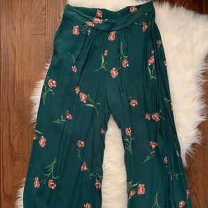 Floral wide leg boutique pants